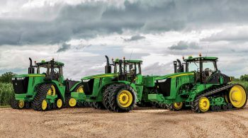 4wd-tractor-group-callout-r4d068141-r4d073602-1366