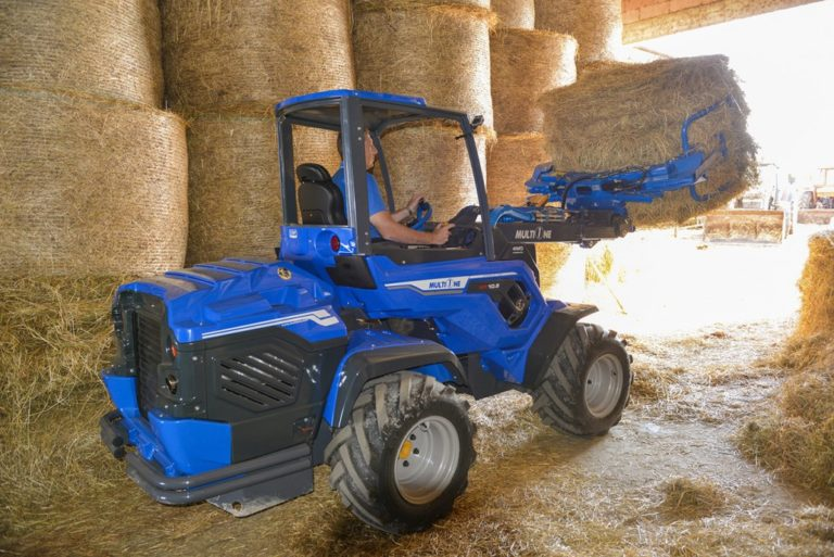 MultiOne-mini-loader-10-series-with-bale-grabber-1030x688